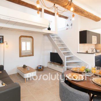 1-la-taulissa-livingroom