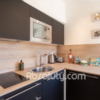 13-la-taulissa-kitchen