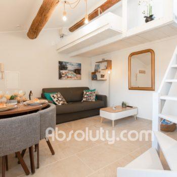 5-la-taulissa-livingroom