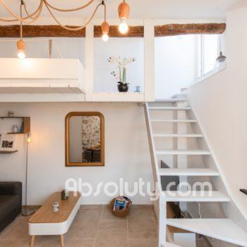 8-la-taulissa-livingroom