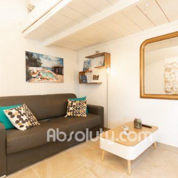 9-la-taulissa-livingroom