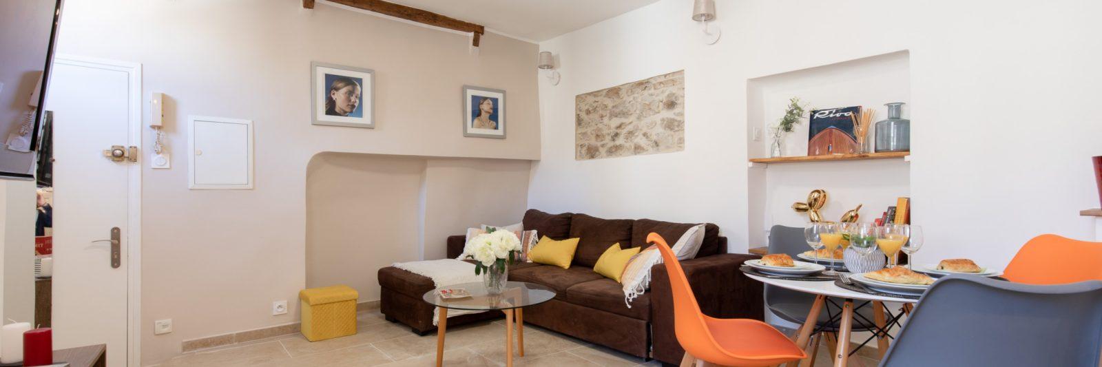 2-la-paia-livingroom